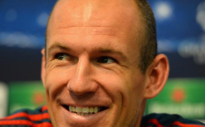 Arjen Robben Menunggu sampai Tahun Depan untuk Kembali ke Lapangan