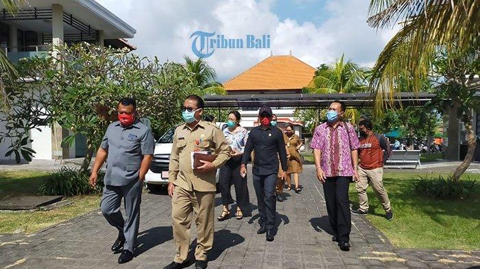 Insentif Tenaga Medis Sesuai Kinerja, Dewan Tabanan Sidak ke RS Nyitdah Terkait Penanganan Covid-19