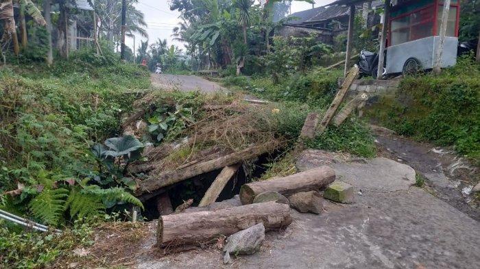 Dinas PU Pastikan Jalan Jebol di Abuan Kauh Bangli Digarap Tahun Ini