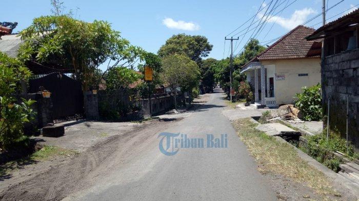 Jalan Penghubung Kelurahan Subagan Menuju Asak Karangasem Diperlebar