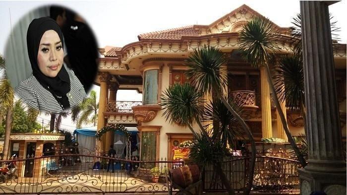 Sempat Akan Dijual Rp 30 Miliar, Kini Muzdalifah Ubah Rumah Mewahnya Jadi Restoran