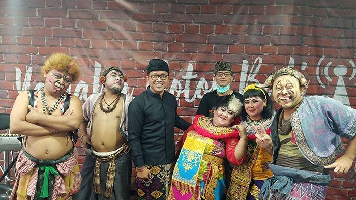 Penyanyi & Pencipta Lagu Agung Wirasutha Sebagai Guest Star di Acara Makedekan Ajak Clekontong Mas