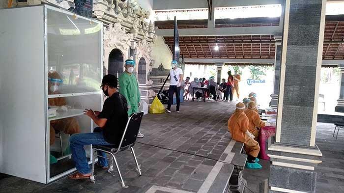 BREAKING NEWS: Warga Banjar Sayan Baleran Badung Jalani Rapid Test