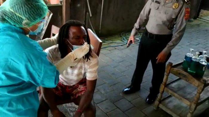 Sidak Prokes di Pantai Enho Beach Kuta Bali, Satpol PP Badung Temukan 18 Orang Tak Gunakan Masker