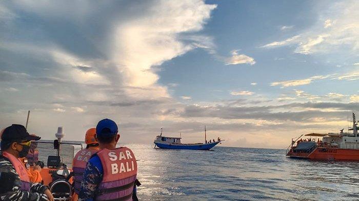 Usai Terombang Ambing 11 Jam di Perairan Desa Sangsit Buleleng, Kapal Ikan Baruna Jaya Ditemukan