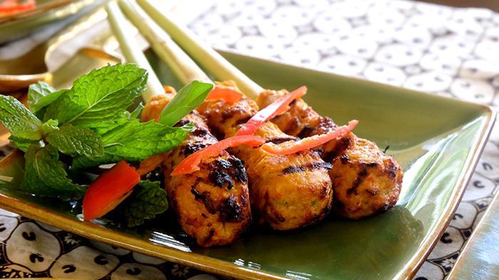 Sate Lilit, satu diantara kuliner khas Bali