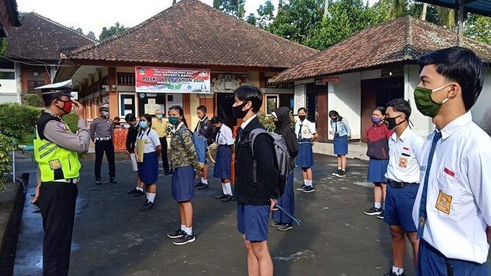Jelang New Normal di Bali, Satlantas Polres Bangli Edukasi Tertib Lalu Lintas dan Protokol Kesehatan