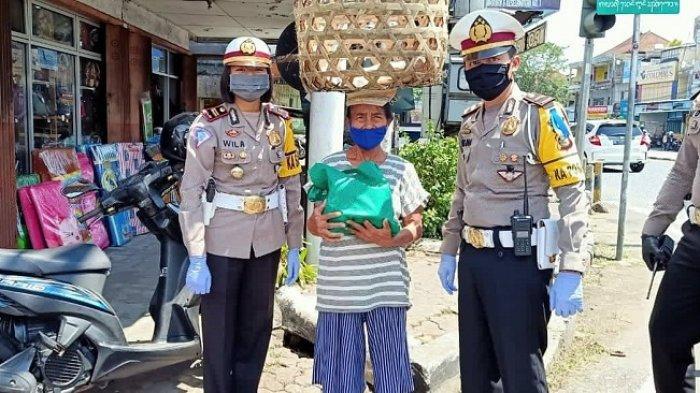 Peringati Hari Kartini,Iptu Ni Putu Wila Indrayani Beri Bantuan untuk Masyarakat