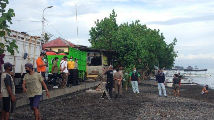 Satpol PP Cegat Kapal Asal Madura di Pelabuhan Kampung Baru, Kedapatan Tidak Membawa Surat Rapid Tes