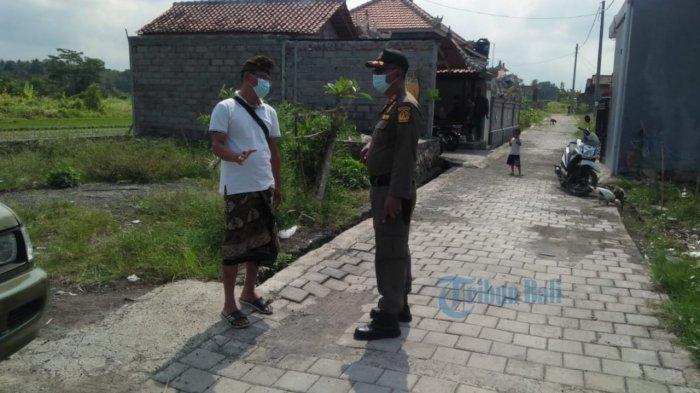 Terdapat Pembangunan di Zona Hijau, Satpol PP Badung Turun ke Subak Apuan Abiansemal