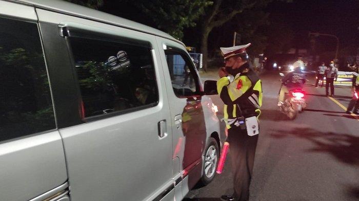 Penyekatan di Mengwitani Badung, Mobil Diduga Angkut Pemudik Hanya Ditemukan Saat Giat Dini Hari