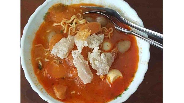Nikmatnya Makan Seblak di Siang Hari, Seblak Rinjani di Monang Maning Mulai Rp 10 Ribuan