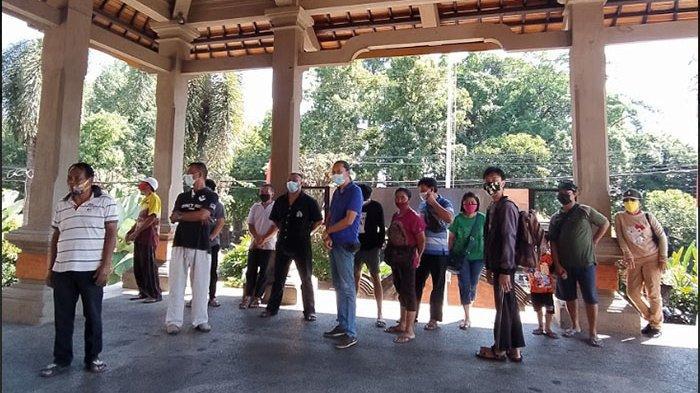 Mesadu ke DPRD Buleleng, Pemilik Ruko Pasar Banyuasri Keluhkan Tarif Pungutan Harian dan Bulanan