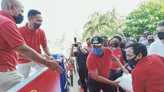 Pemkab Gianyar Salurkan Bantuan Sembako Tahap Dua kepada 27.320 KK