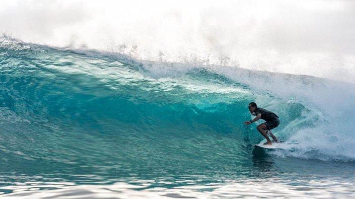 Tahun Ini Panitia Lembongan Surf Team Tak Undang Peselancar dari Luar Daerah
