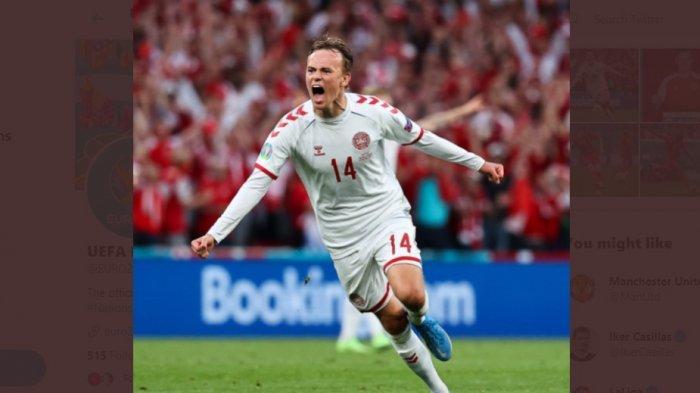Babak Pertama Rusia vs Denmark, Sontekan Brilian Damsgaard Bawa Denmark Unggul di Babak I