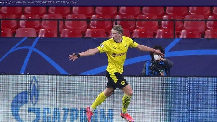 Selebrasi striker Borussia Dortmund, Erling Haaland, saat melawan Sevilla laga leg pertama babak 16 besar Liga Champions di Stadion Ramon Sanchez Pizjuan pada Rabu, 17 Februari 2021 atau Kamis pukul 03.00 WIB.