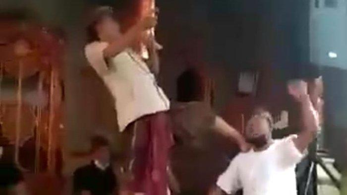Abaikan Prokes, Oknum Kades di Ubud Gianyar Karaokean di Acara Pernikahan