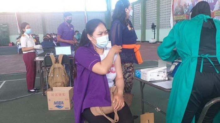 Puluhan Pelaku Pariwisata di Bangli Jalani Vaksinasi Covid-19