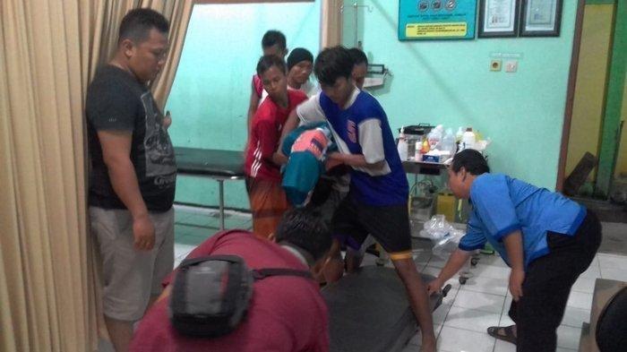 Kronologi Pemain Bola Asal Tuban Tewas Tersambar Petir Saat Bertanding, Tubuh Sempat Keluarkan Asap