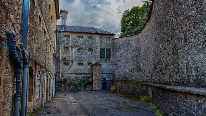 Tur Menginap di Shepton Mallet Prison, Penjara Paling Angker di Inggris