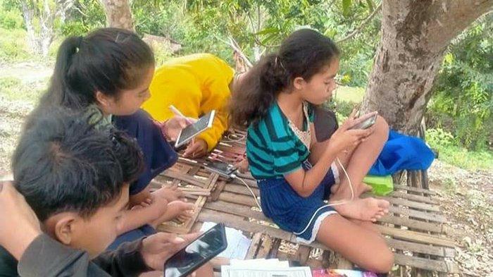 Koster Bakal Lanjutkan Belajar Mengajar Daring Jika Pandemi Berakhir,Komisi IV DPRD Bali Siap Dukung