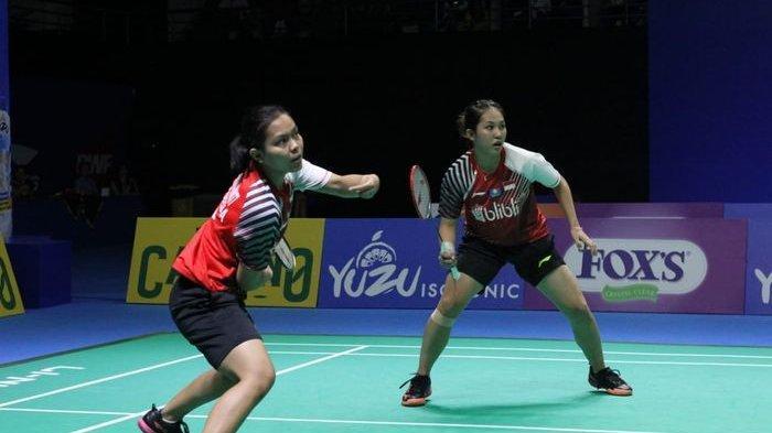 Pasangan ganda putri Indonesia, Siti Fadia Silva Ramadhanti/Ribka Sugiarto beraksi pada final Indonesia Masters 2019 Super 100 di GOR Ken Arok, Malang, Minggu (6/10/2019).