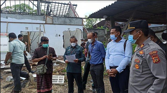 Eksekusi Lahan di Desa Adat Semate Badung Dijaga Ketat Aparat, Bangunan Rumah Kos Dibongkar