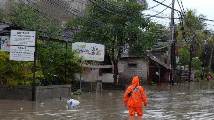 Kerobokan Banjir Setinggi Setengah Meter, Aliran Sungai dan Got Meluap Akibat Hujan Lebat