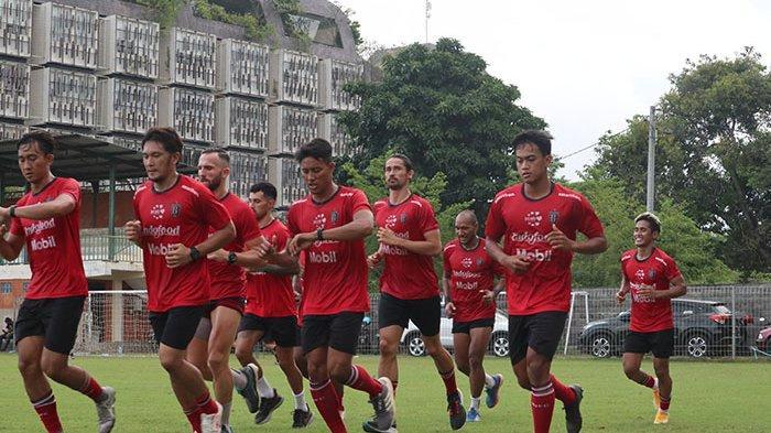 Teco Bawa 22 Pemain Bali United ke Jakarta, Siap Hadapi Persik Kediri di Stadion Gelora Bung Karno