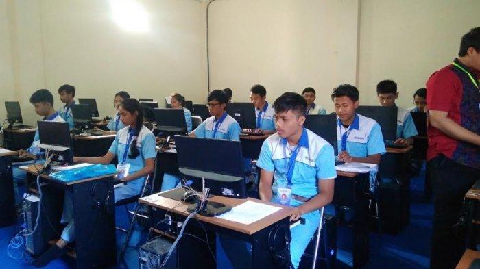 Mengintip Ujian Praktik 151 Siswa SMK PGRI 1 Denpasar, Libatkan Penguji dari Perusahaan