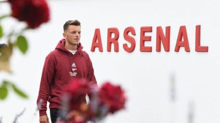 Sosok striker baru Arsenal Ben White resmi didatangkan dari Brighton jelang menghadapi kompetisi Liga Inggris musim 2021 dan ambisi tembus ke Liga Champions.