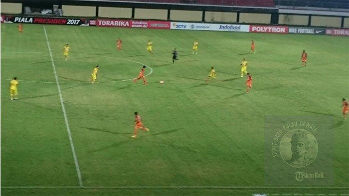 Tampil Menekan, Sriwijaya FC Masih Tanpa Gol Lawan Pusamania Borneo FC