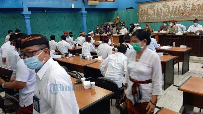 Tidak Sesuai Protokol Kesehatan, Sejumlah Pejabat Diminta Keluar Ruangan Rapat