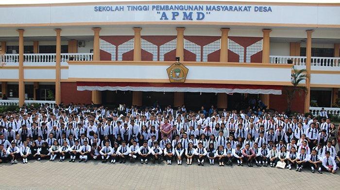 Penerimaan Mahasiswa Baru Sekolah Tinggi Pembangunan Masyarakat Desa 'APMD' JOGJA