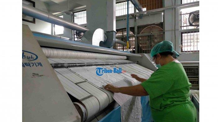 Sehari Bersihkan 1.300 Kilogram Pakaian Pasien di RSUP Sanglah, Begini Proses Mencucinya