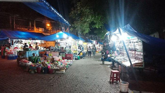 Jam Berjualan Dibatasi Hingga Pukul 20.00 Wita, Begini Suasana Pasar Sengol Gianyar