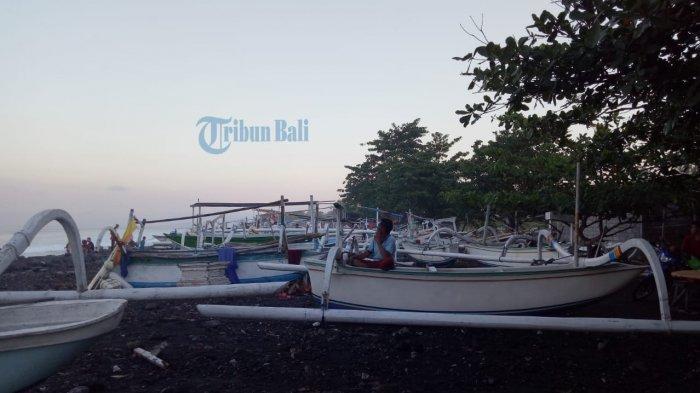 Cuaca Tak Bersahabat, Nelayan di Ujung Pesisi Karangasem Tak Melaut Sejak Seminggu Lalu