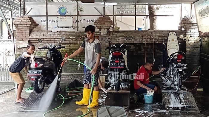 TRIBUN WIKI - Tak Sempat Mencuci Sendiri, Berikut Alamat Cuci Motor di Wilayah Denpasar Selatan