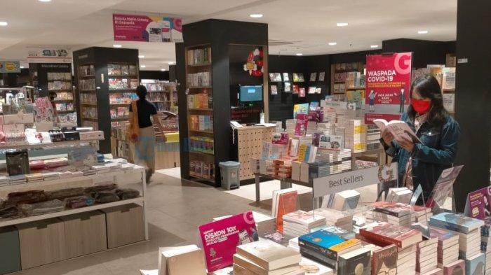 Beberapa Toko Buku di Denpasar Dilema Tetap Buka atau di Rumah Saja