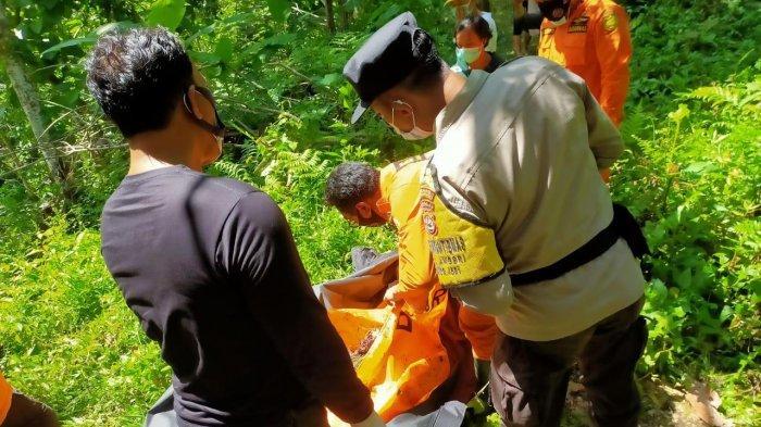 BREAKING NEWS: Tercium Bau Busuk, Mayat Wanita Ditemukan di Tegalan