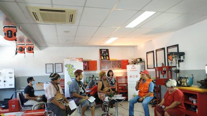 Yamaha 'Ngerujak'HadirkanClekontong Mas dan Pramuka Bali, Berbagi Tips & Edukasi Virus Corona