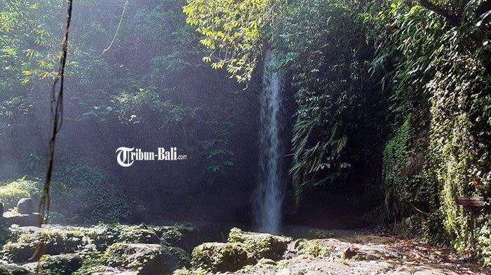 Berkunjung ke Manuaba Waterfall di Tegalalang, Gianyar, Terdapat Tirta Tjampuhan Pitu