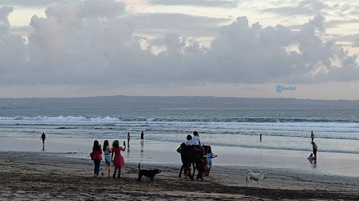 Terkait Pembukaan Pariwisata Bali Bagi Wisman, Menparekraf:Kita Siapkan Sesuai Prinsip Kehati-hatian