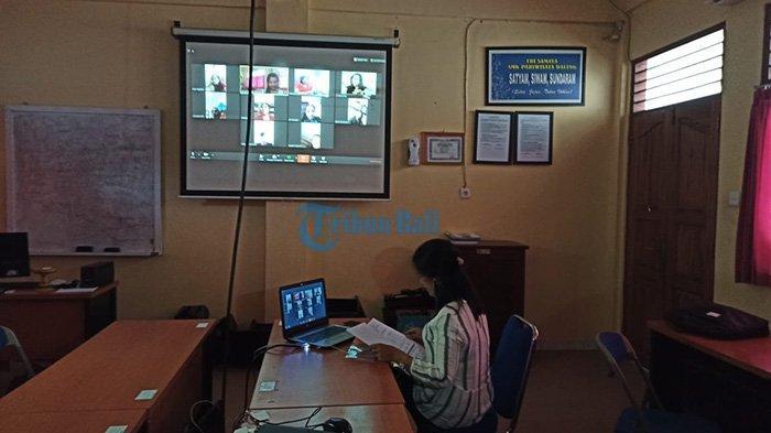 Siswa SMK Prada Badung Belajar di Rumah Gunakan Aplikasi, Disesuaikan Seperti Jadwal di Sekolah