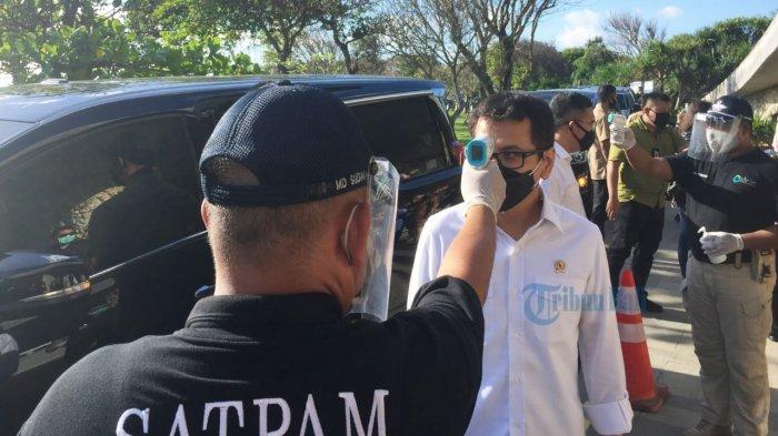 Pariwisata Bali akan Dibuka Bertahap,MenparHari Ini Bertemu Gubernur Bahas New Normal di Bali