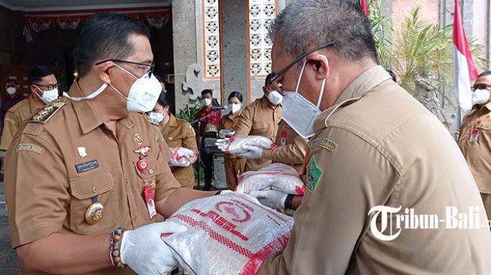 Tabanan Terima 5 Ton Beras dari Pemprov Bali, Sasar Warga Belum Menerima Bantuan Apapun