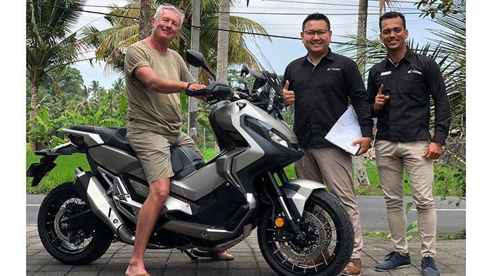 Astra Motor Bali Serahkan Honda X-ADV Kepada 5 Konsumen Pertama