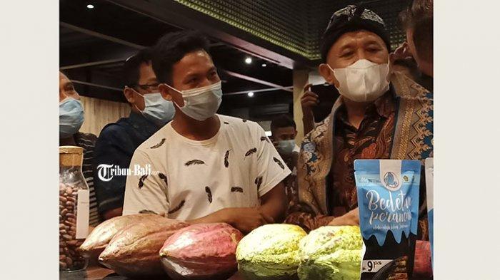 Tinjau Sentra Kakao, Menkop UKM Teten Sebut Kakao Bisa Jadi Lokomotif Ekonomi untuk Jembrana