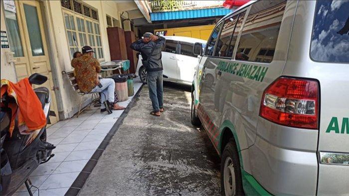 UPDATE: Keluarga Histeris Tak Kuasa Lihat Jenazah Made Mustika Pasca Alami Lakalantas di Tabanan
